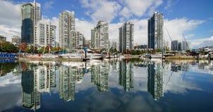 Σύγχρονη αρχιτεκτονική harborfront Timelapse ακίνητων περιουσιών του Βανκούβερ φιλμ μικρού μήκους