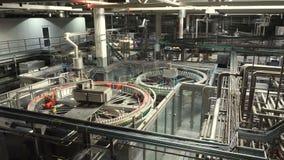 Σύγχρονη εμφιαλώνοντας μηχανή νερού conveyorr φιλμ μικρού μήκους