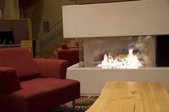 Σύγχρονη εστία λόμπι ξενοδοχείων Στοκ Φωτογραφία