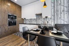 Σύγχρονη εσωτερική κουζίνα σχεδίου Στοκ εικόνες με δικαίωμα ελεύθερης χρήσης