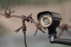 Σύγχρονη κάμερα CCTV στοκ εικόνες με δικαίωμα ελεύθερης χρήσης