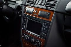Σύγχρονη λεπτομέρεια ταμπλό αυτοκινήτων στοκ εικόνα