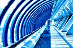 Σύγχρονη μπλε επιχειρησιακή αίθουσα Στοκ εικόνα με δικαίωμα ελεύθερης χρήσης