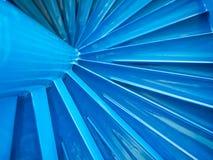 Σύγχρονη μπλε σπειροειδής σκάλα Στοκ εικόνα με δικαίωμα ελεύθερης χρήσης