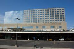 Σύγχρονη οικοδόμηση των Αγίων σταθμών στη Βαρκελώνη στοκ εικόνες