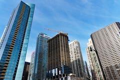 Σύγχρονη ψηλή αρχιτεκτονική πύργων, Σικάγο Ιλλινόις, ΗΠΑ στοκ φωτογραφία με δικαίωμα ελεύθερης χρήσης