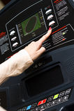 Σύγχρονη treadmill τιμή τών παραμέτρων Στοκ Φωτογραφία