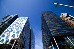 Σύγχρονοι κτήρια και μπλε ουρανός στο κέντρο της πόλης Όσλο 3 Στοκ Φωτογραφία