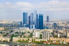 σύγχρονοι ουρανοξύστες της Μόσχας Ρωσία πόλεων Στοκ Εικόνες
