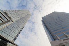 Σύγχρονοι πύργοι γραφείων γυαλιού Στοκ εικόνες με δικαίωμα ελεύθερης χρήσης