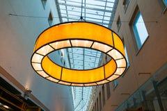 Σύγχρονος λαμπτήρας των αγορών arcade, Χίλβερσουμ, Κάτω Χώρες Στοκ φωτογραφίες με δικαίωμα ελεύθερης χρήσης