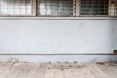 Σύγχρονος ανοικτό μπλε τοίχος ασβεστοκονιάματος Στοκ Εικόνες