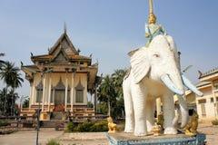 Σύγχρονος βουδιστικός ναός σε Battambang, Καμπότζη Στοκ Εικόνες