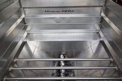 Σύγχρονος εξοπλισμός υποδοχής σταφυλιών στην Προβηγκία, Γαλλία Στοκ φωτογραφίες με δικαίωμα ελεύθερης χρήσης