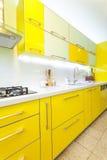 σύγχρονος νέος βασικών κουζινών Στοκ εικόνες με δικαίωμα ελεύθερης χρήσης
