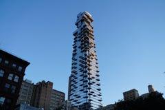 Σύγχρονος ουρανοξύστης στην πόλη της Νέας Υόρκης στοκ εικόνες