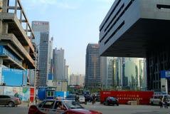 Σύγχρονος ουρανοξύστης της Κίνας under-construction Στοκ εικόνες με δικαίωμα ελεύθερης χρήσης