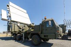 Σύγχρονος ρωσικός στρατιωτικός κινητός σταθμός 64L6M ραντάρ στοκ φωτογραφία