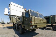 Σύγχρονος ρωσικός στρατιωτικός κινητός σταθμός 64L6M ραντάρ στοκ εικόνες
