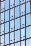 σύγχρονος χάλυβας ουρανοξυστών γραφείων γυαλιού λεπτομέρειας της Βαρκελώνης αρχιτεκτονικής Στοκ Φωτογραφίες