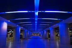 σύγχρονος χώρος στάθμευ&si Στοκ φωτογραφία με δικαίωμα ελεύθερης χρήσης