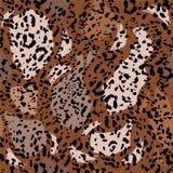 Σύγχρονος monotone στο καφετί ελεύθερο άνευ ραφής σχέδιο με τη ζωική τυπωμένη ύλη λεοπαρδάλεων Χέρι που σύρεται καθιερώνον τη μόδ ελεύθερη απεικόνιση δικαιώματος