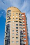 σύγχρονος multistory νέος σπιτιών Στοκ Εικόνες
