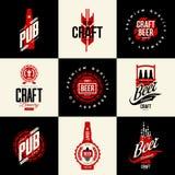 Σύγχρονο απομονωμένο τεχνών μπύρας σημάδι λογότυπων ποτών διανυσματικό για το φραγμό, το μπαρ, το ζυθοποιείο ή brewhouse διανυσματική απεικόνιση
