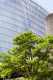 Σύγχρονο βερνικωμένο κτίριο γραφείων στο Λονδίνο, εμπορικό κέντρο, Λονδίνο, Ηνωμένο Βασίλειο Στοκ εικόνες με δικαίωμα ελεύθερης χρήσης