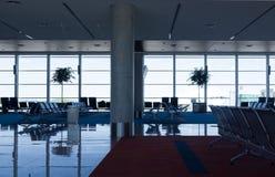 Σύγχρονο εσωτερικό αερολιμένων Στοκ εικόνα με δικαίωμα ελεύθερης χρήσης