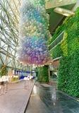Σύγχρονο εσωτερικό Δημαρχείων της Σεούλ με τα μπαλόνια αέρα σε Taepyeongno Στοκ Εικόνες