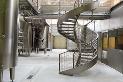 Σύγχρονο εσωτερικό εργοστασίων κρασιού Στοκ Εικόνες