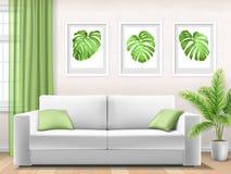 Σύγχρονο εσωτερικό με τον καναπέ και τις τροπικές εγκαταστάσεις Στοκ Φωτογραφίες