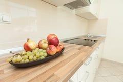Σύγχρονη κουζίνα στοκ φωτογραφία με δικαίωμα ελεύθερης χρήσης