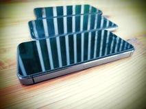 Σύγχρονο κινητό τηλέφωνο τρία Κυψελοειδές τηλέφωνο μοντέρνος Απεικόνιση αποθεμάτων