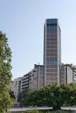 Σύγχρονο κτήριο στην οδό στη Βαρκελώνη στοκ φωτογραφίες με δικαίωμα ελεύθερης χρήσης