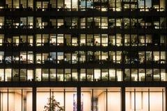 Σύγχρονο κτίριο γραφείων στο στο κέντρο της πόλης Τορόντο Στοκ φωτογραφίες με δικαίωμα ελεύθερης χρήσης