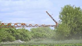 Σύγχρονο λίπασμα γεωργίας Μέρη μηχανημάτων γεωργίας Καλλιεργώντας μηχανήματα απόθεμα βίντεο