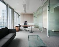 σύγχρονο νέο γραφείο Στοκ Εικόνες