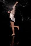 Σύγχρονο νερό χορευτών στοκ εικόνα με δικαίωμα ελεύθερης χρήσης