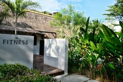 Σύγχρονο ξενοδοχείο στην Ταϊλάνδη σε Phuket στοκ φωτογραφία με δικαίωμα ελεύθερης χρήσης