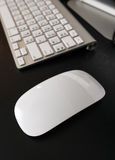 Σύγχρονο ποντίκι bluetooth Στοκ Φωτογραφίες