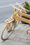 σύγχρονο ποδήλατο ξύλινο Στοκ Εικόνες