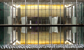 Σύγχρονο σχεδιασμένο εθνικό θέατρο του Μπαχρέιν με 1001 καθίσματα Στοκ εικόνα με δικαίωμα ελεύθερης χρήσης