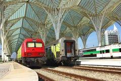 σύγχρονο τραίνο σταθμών Στοκ Εικόνα
