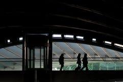 σύγχρονο τραίνο σταθμών Στοκ Φωτογραφίες
