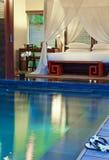 Σύγχρονο interior.beds για το υπόλοιπο στη λίμνη Στοκ φωτογραφίες με δικαίωμα ελεύθερης χρήσης