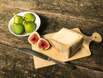Σύκα και τυρί Στοκ φωτογραφία με δικαίωμα ελεύθερης χρήσης