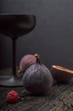 Σύκο με το μαύρο γυαλί Στοκ εικόνα με δικαίωμα ελεύθερης χρήσης