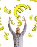 σύλληψη επιχειρηματιών κάτω από τα ευρώ που πέφτουν στην προσπάθεια Στοκ εικόνα με δικαίωμα ελεύθερης χρήσης